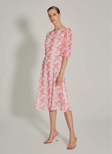NGSTYLE Sırt Bant Detaylı Elbise Pembe